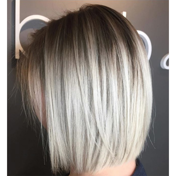 How To Blunt Blonde Bob Icy Textured Piecey Shadow Root Rooty Instagram Sarah McDonald @styles.by.sarah